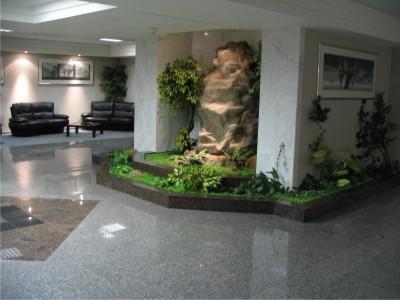 Чистка каменных полов и фасадов